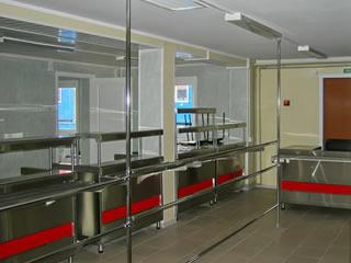 Зал приема пищи в модульном здании - столовой